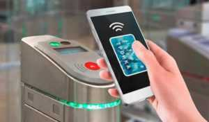 Пассажиры смогут оплачивать проезд с помощью банковской карты или смартфона на всех маршрутах Мосгортранса / Новости города / Сайт Москвы